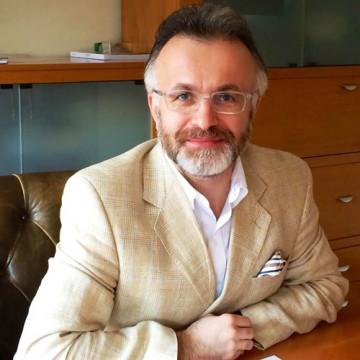 Uzm. Dr. Mustafa Kır